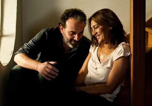 """Dira Paes e Marco Ricca integram o elenco de """"Os Amigos"""", filme que narra o dia em que um homem precisa ir ao enterro de um amigo de infância."""