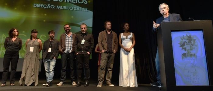 """43º Festival de Cinema de Gramado - 09/08/2015 - Equipe do filme """"O Fim e Os Meios"""", na Mostra Competitiva de Longas Brasileiros. Foto: Cleiton Thiele/Agência PressPhoto - www.edisonvara.com.br"""